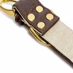 Détail rivets collier Piñatex marron